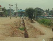 โครงการพัฒนาริมแม่น้ำเมย ก่อสร้างกำแพงชายแดนแม่สอด