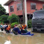ภาคอีสานอ่วม ล่าสุด 2 อำเภอนครพนมจมน้ำ เร่งอพยพชาวบ้าน